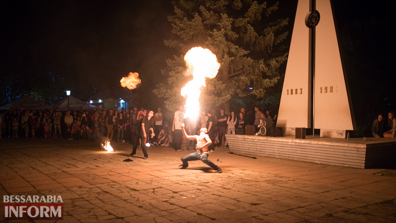 SME_5348 ФОТОРЕПОРТАЖ: зрелищное фаер-шоу прошло в Измаиле на набережной