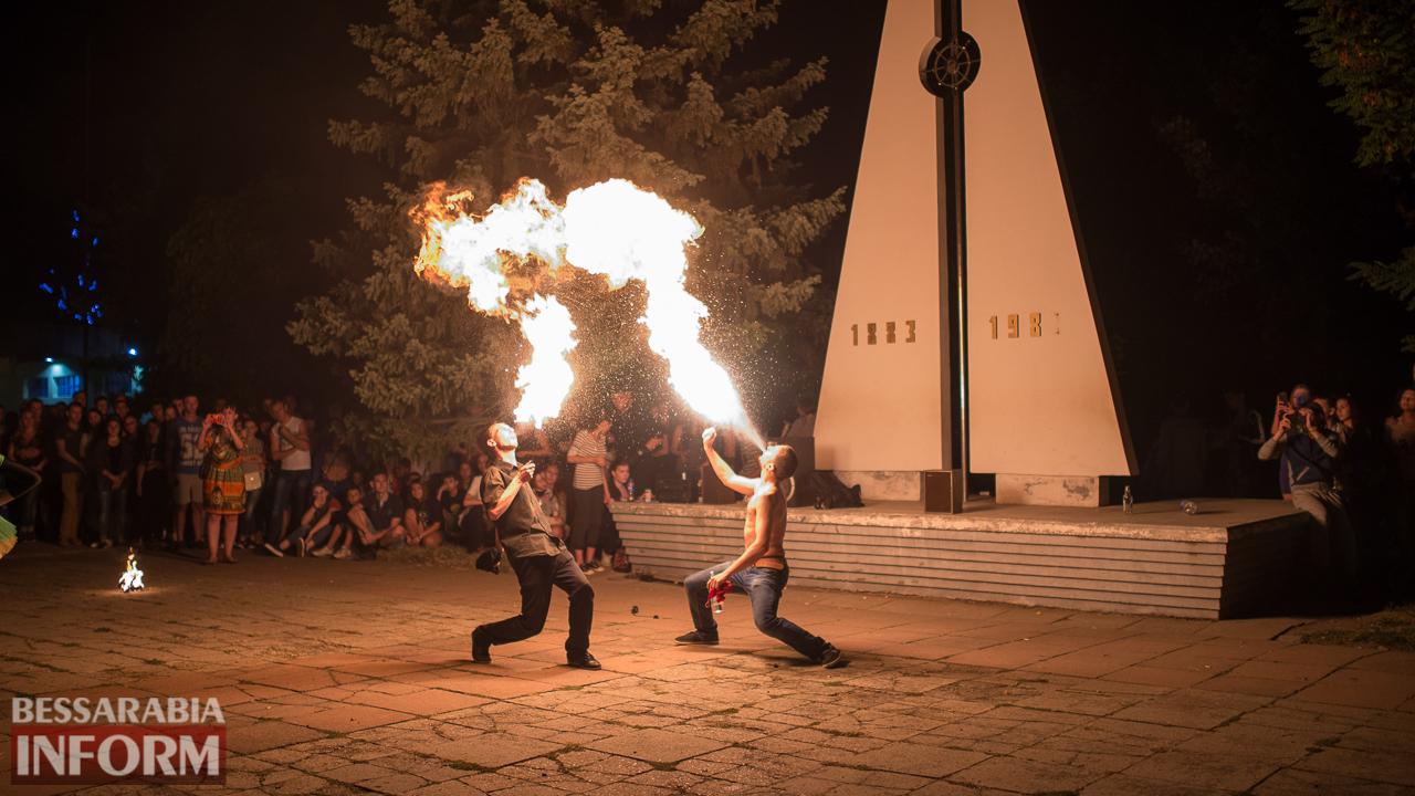 SME_5389 ФОТОРЕПОРТАЖ: зрелищное фаер-шоу прошло в Измаиле на набережной