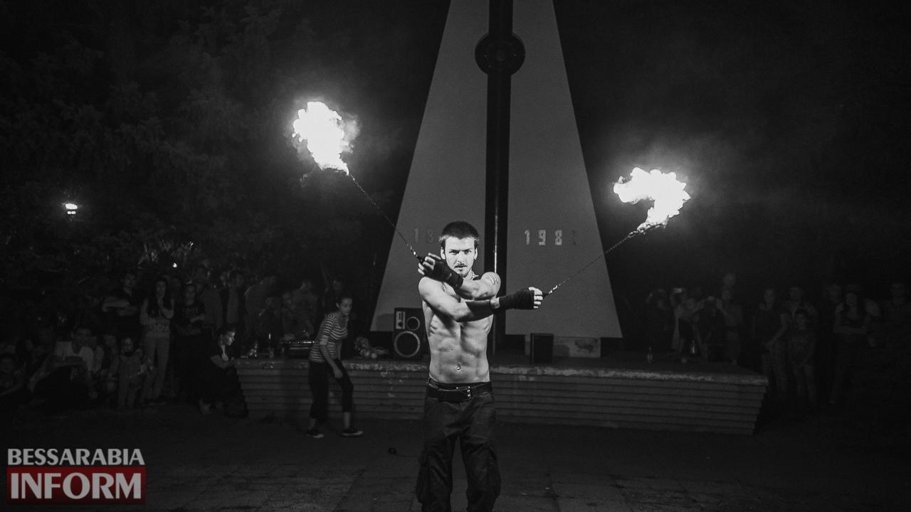 SME_5395 ФОТОРЕПОРТАЖ: зрелищное фаер-шоу прошло в Измаиле на набережной