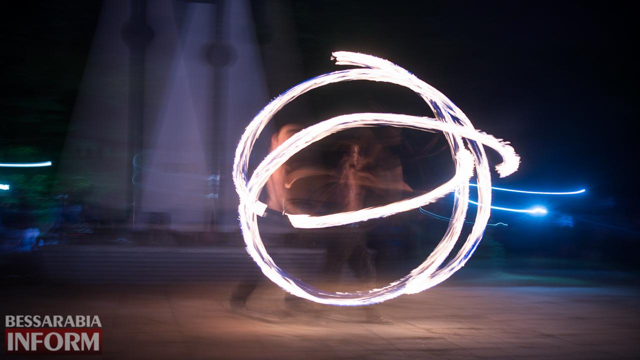 SME_5448 ФОТОРЕПОРТАЖ: зрелищное фаер-шоу прошло в Измаиле на набережной