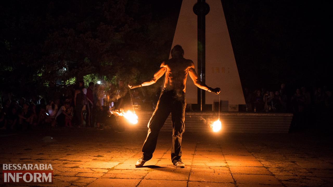 SME_5472 ФОТОРЕПОРТАЖ: зрелищное фаер-шоу прошло в Измаиле на набережной
