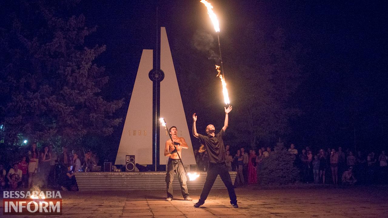 SME_5513 ФОТОРЕПОРТАЖ: зрелищное фаер-шоу прошло в Измаиле на набережной