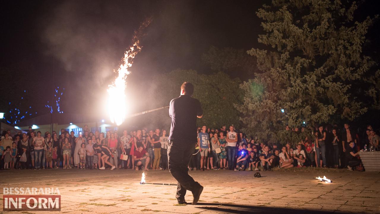SME_5580 ФОТОРЕПОРТАЖ: зрелищное фаер-шоу прошло в Измаиле на набережной
