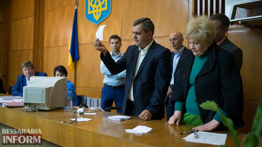 SME_6232 Депутаты Измаильского районного совета выразили недоверие главе РГА