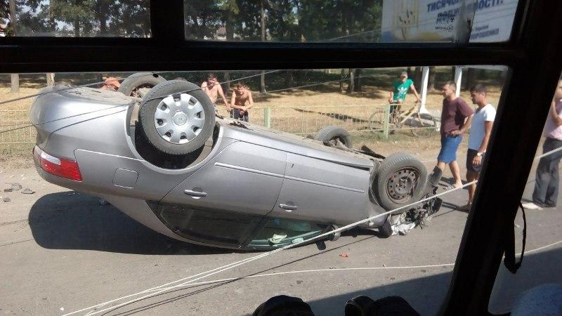 WvEFgn6GX2k ДТП в Измаиле: два перевернувшихся автомобиля в течении двух часов (фото)