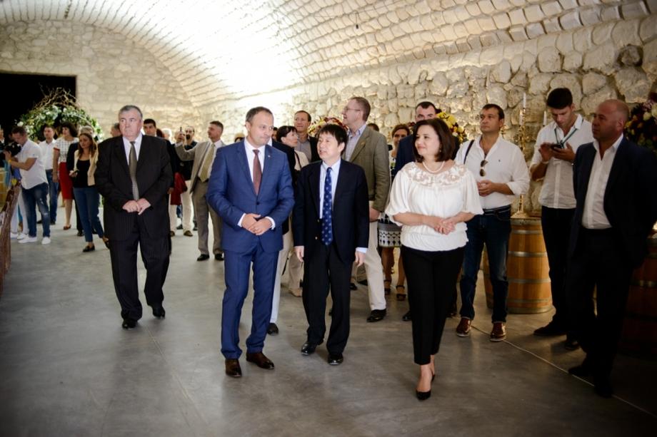 i-3 В Молдове отреставрировали винный замок построенный по инициативе последнего губернатора Бессарабии