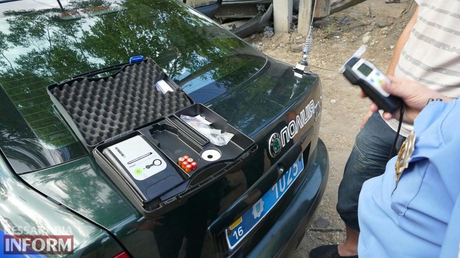 yiTsj7aCA7o Измаил: пьяный водитель, пытаясь скрыться от погони, врезался в электроопору (ФОТО)