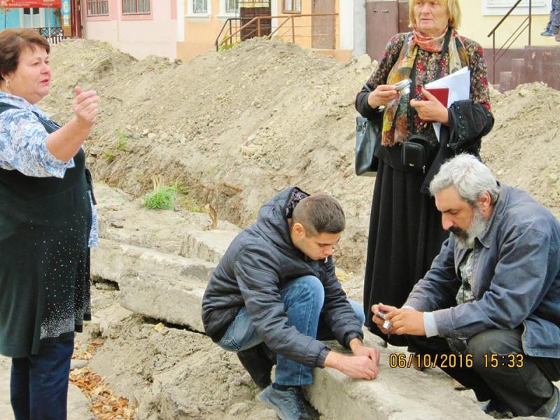 14522789_335196386834155_7226542142357349562_n Килия: во время реконструкции водопровода найдены ценные археологические артефакты (ФОТО)