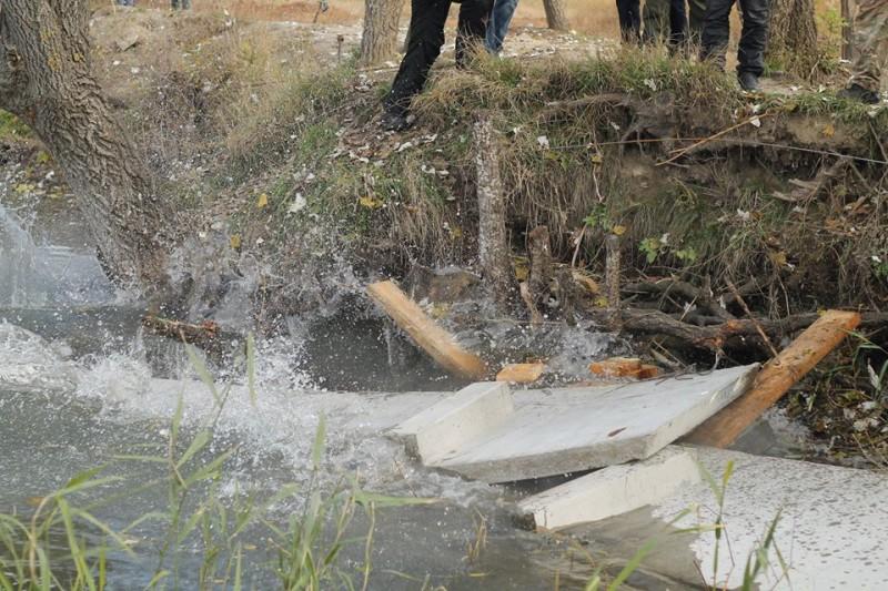 """Активисты провели """"расчистку"""" от браконьеров и незаконных застройщиков в «Днестровских плавнях» (фото)"""
