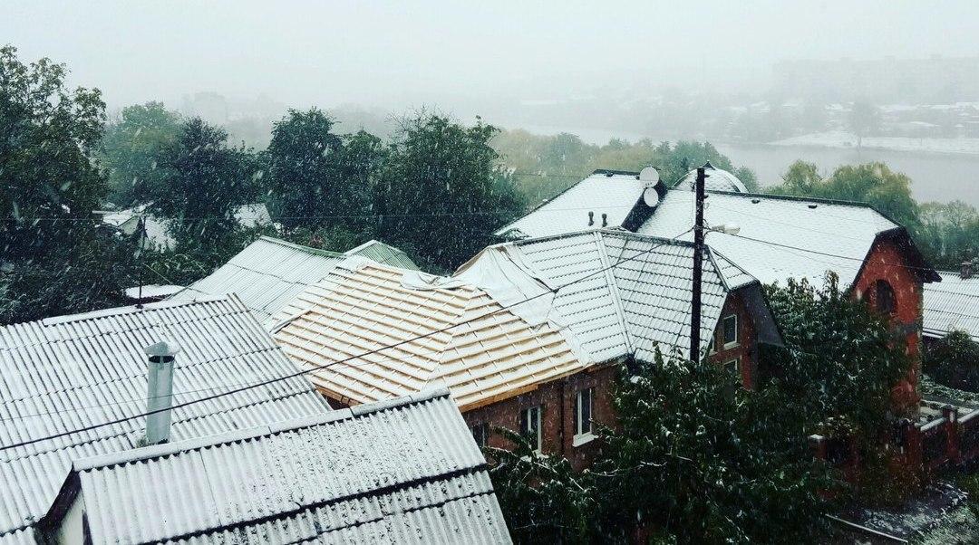 B6Qt2FoZOl4 На севере Одесской области выпал снег (фотофакт)