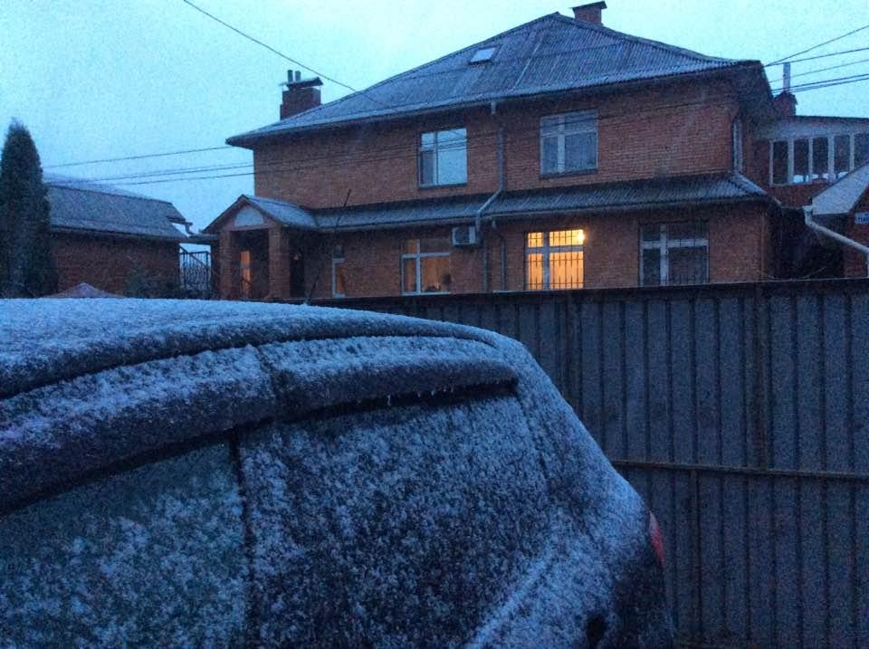 На севере Одесской области выпал снег (фотофакт)