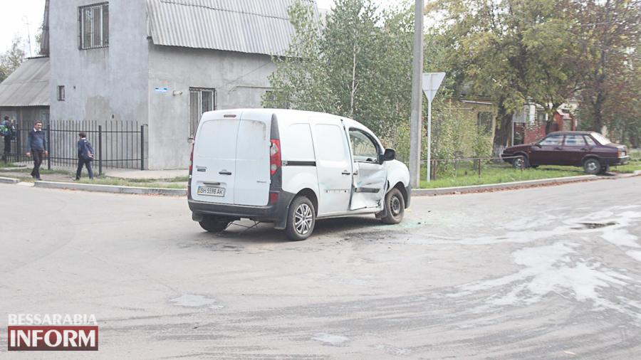 IMG_2906 В Измаиле произошло ДТП с участие трех автомобилей (фото)