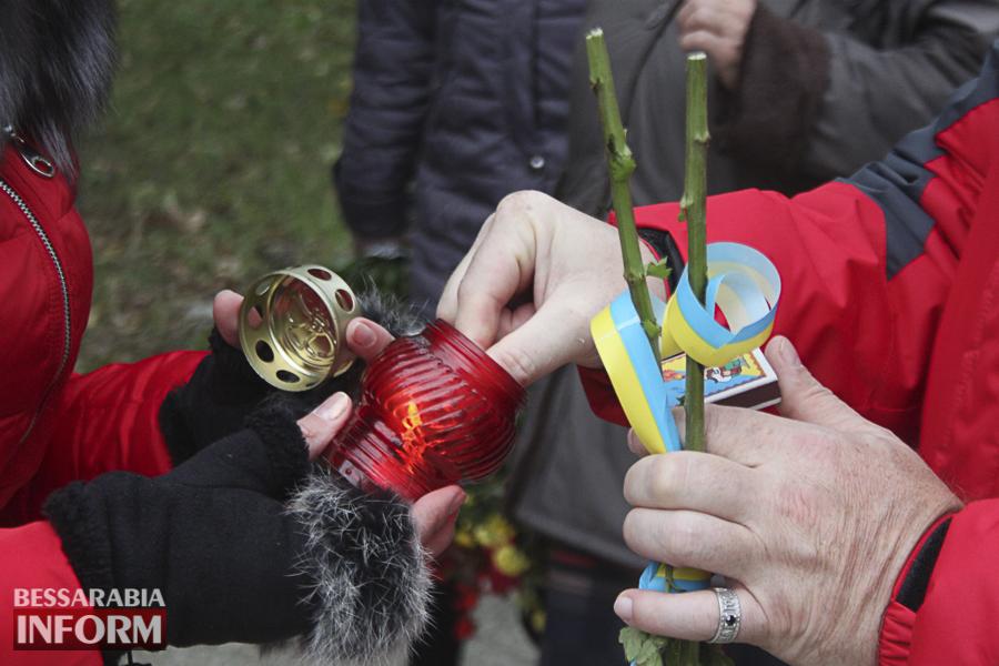 IMG_3851 Праздник защитника в Измаиле: флаги, шествие и возложение цветов (ФОТО)