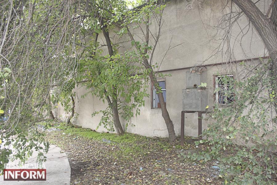 IMG_4067 Измаил: в заброшенном здании возле ДК им. Т.Г. Шевченко устроили наркопритон (ФОТО, ВИДЕО)