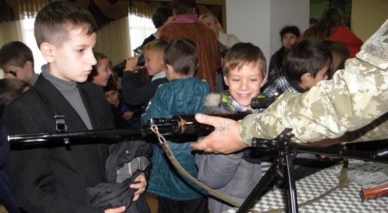 """""""Я патриот Украины"""": в Белгород-Днестровском погранотряде прошел день открытых дверей"""