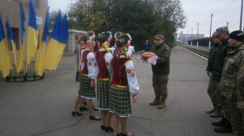 pa200017 В Сарату из зоны АТО вернулись военнослужащие 18-го отдельного мотопехотного батальона