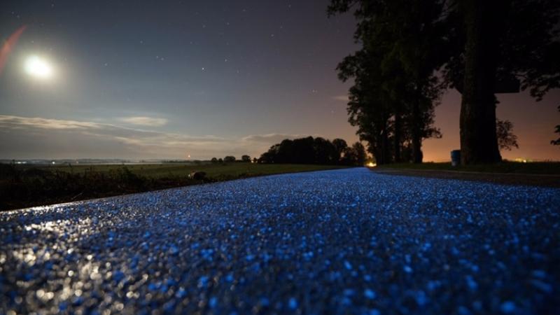 #Че там у поляков: светящиеся велосипедные дорожки