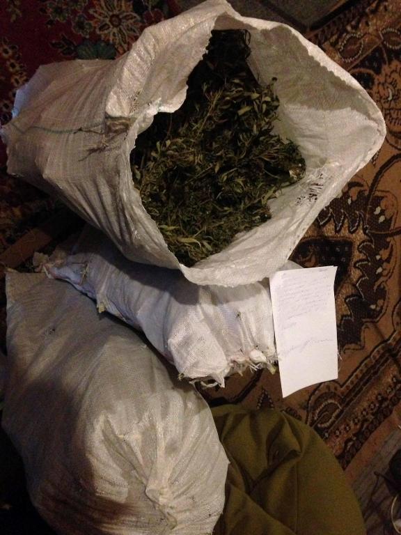 15034274_204819476628764_792658080_o В Белгород-Днестровском р-не на чердаке у местного жителя обнаружили 25 кг наркотиков (ФОТО)