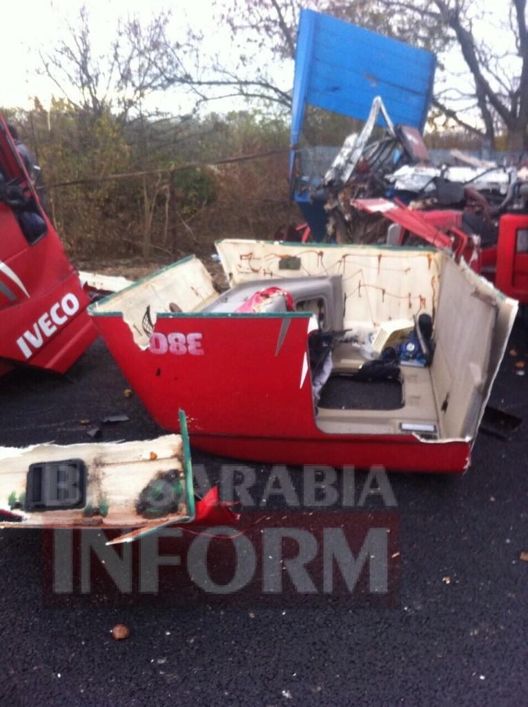 3146-765x1024 На трассе Одесса-Рени произошло смертельное ДТП с участием двух грузовиков (фото)