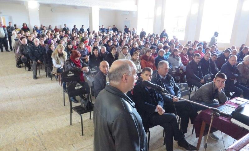 34 Зампредседателя Одесского облсовета Юрий Димчогло отчитался перед своими избирателями в Ренийском районе