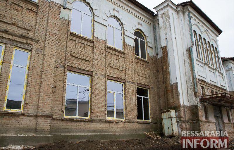 """IMG_1912 Минус одно """"мертвое"""" здание в Измаиле: бывшее управление пароходства станет гостиницей (ФОТО)"""