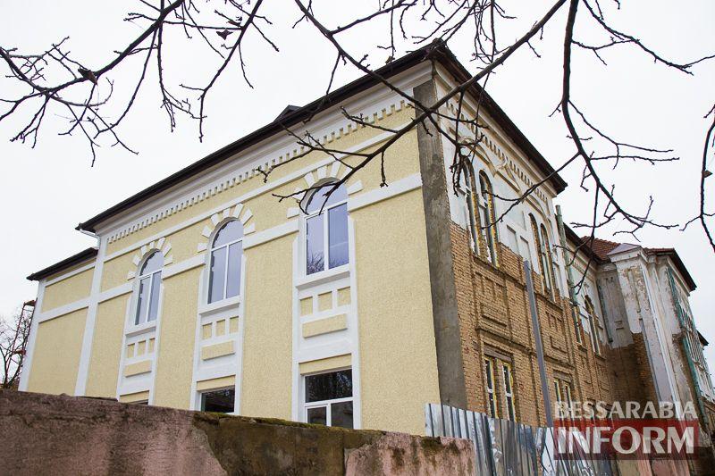 """IMG_1921 Минус одно """"мертвое"""" здание в Измаиле: бывшее управление пароходства станет гостиницей (ФОТО)"""