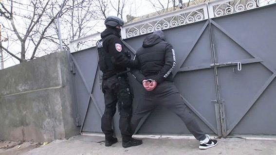 Полиция задержала банду кибер-мошенников из Татарбунар