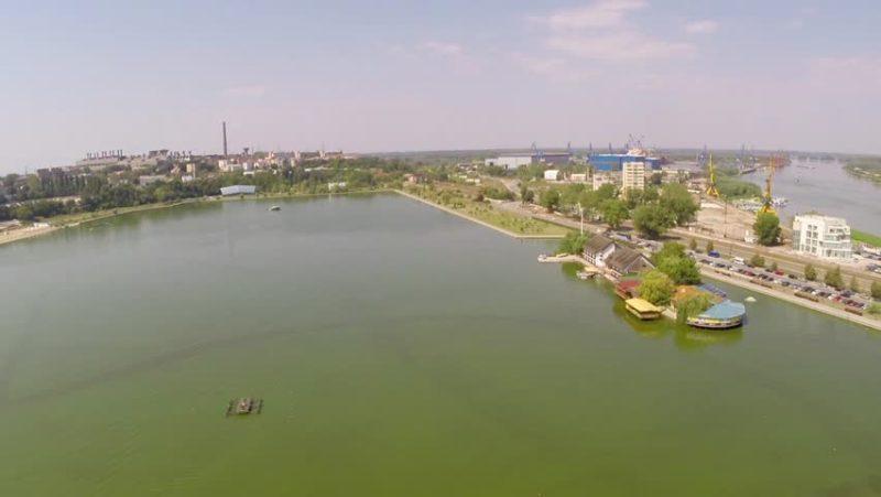 k7b8Qxi4ZZY Забегая наперед: тулчинский прототип измаильского Лебяжьего озера (фото, видео)
