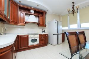 1249_crop-300x200 Посуточная аренда киевских квартир на любой вкус