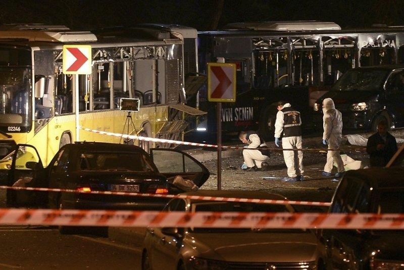 Двойной теракт в Стамбуле: 29 погибших, 166 раненных (ФОТО)