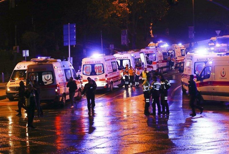 1_9241999b Двойной теракт в Стамбуле: 29 погибших, 166 раненных (ФОТО)