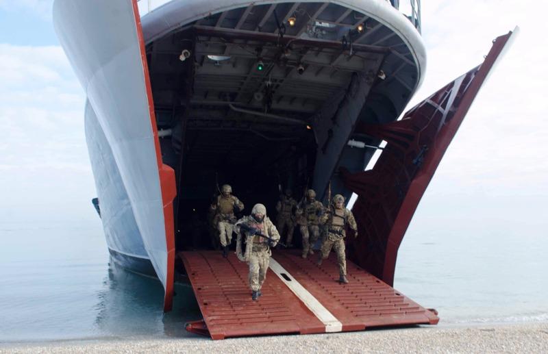 В Измаиле работала морская пехота и снайперы (фото)