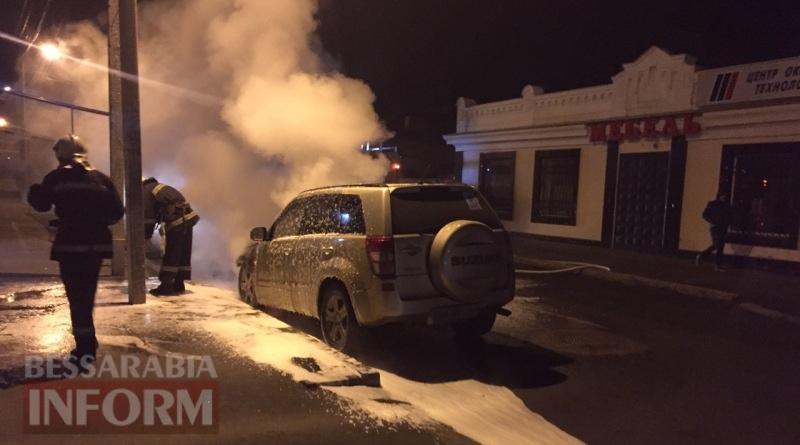 586003eaee5f5_456456 В Измаиле возле автостанции сгорел автомобиль (фото, видео)