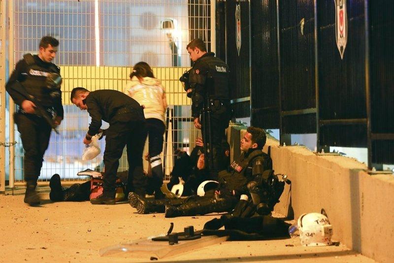 5_5b1a3bc5 Двойной теракт в Стамбуле: 29 погибших, 166 раненных (ФОТО)