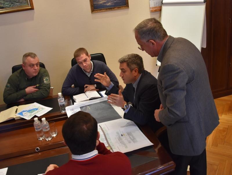 В облсовете обсудили возможность строительства понтонного моста в районе Паланки