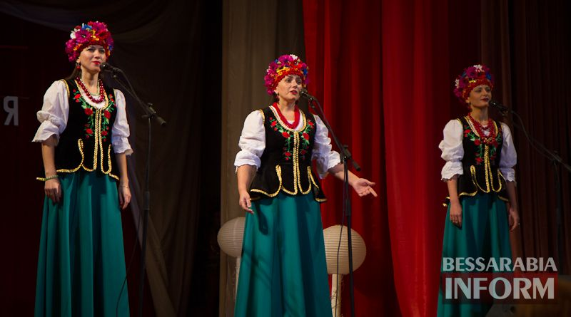 IMG_2401 Измаил: девочка с небесным голосом из Котловины покорила главную сцену Придунавья (фоторепортаж)
