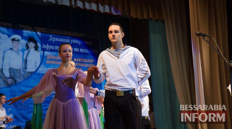 IMG_3384 Офицерский бал: в Измаиле будущих моряков посвящали в первокурсники (ФОТО)