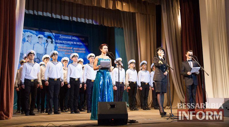IMG_3411 Офицерский бал: в Измаиле будущих моряков посвящали в первокурсники (ФОТО)