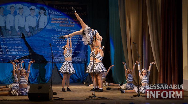 IMG_3474 Офицерский бал: в Измаиле будущих моряков посвящали в первокурсники (ФОТО)