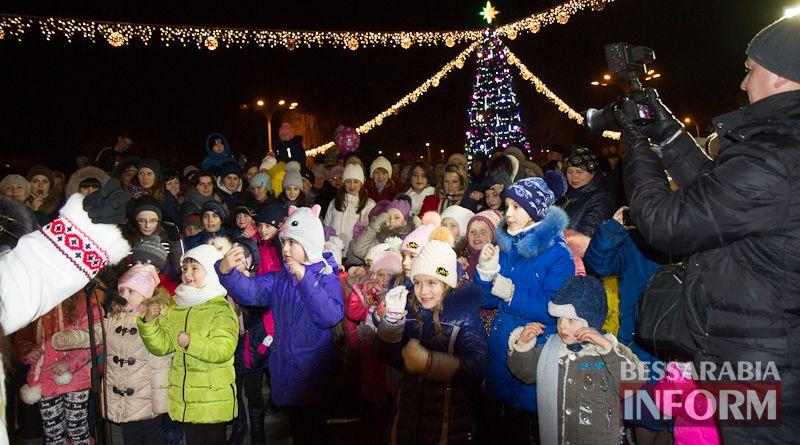IMG_4032 В Измаиле День Святого Николая отметили народными гуляньями на главной городской площади (ФОТО)