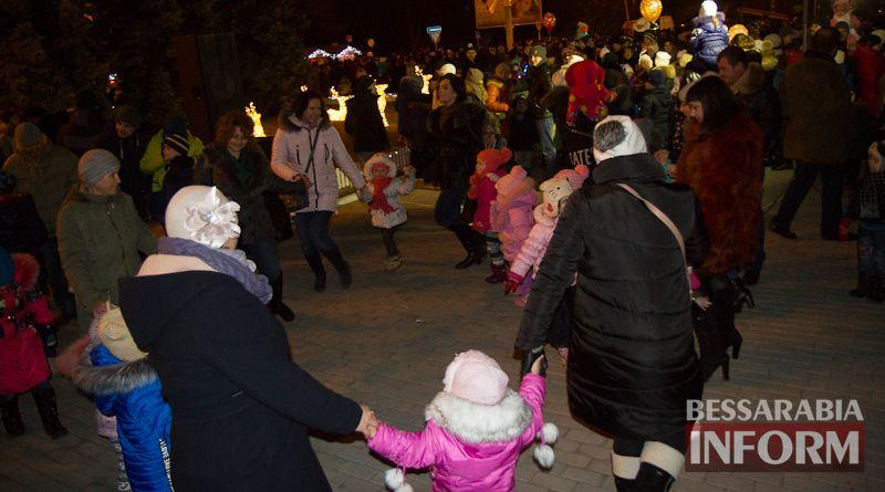 IMG_4049 В Измаиле День Святого Николая отметили народными гуляньями на главной городской площади (ФОТО)