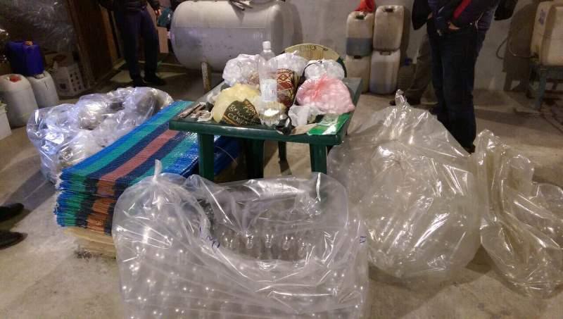 OZlakvWXITM В Измаиле накрыли крупный подпольный цех по розливу контрабандного алкоголя (ФОТО)
