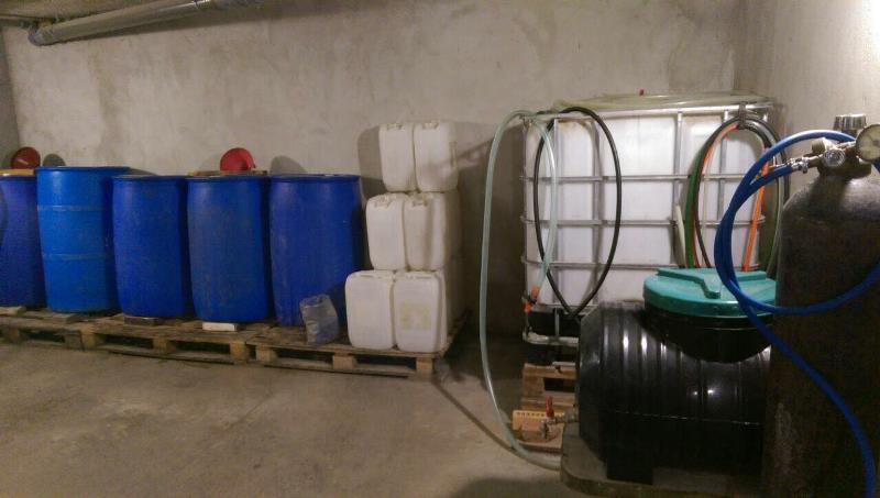 В Измаиле накрыли крупный подпольный цех по розливу контрабандного алкоголя (ФОТО)