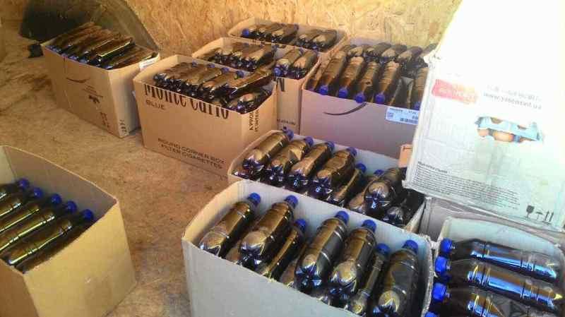ddS0SVQO0Nk В Измаиле накрыли крупный подпольный цех по розливу контрабандного алкоголя (ФОТО)