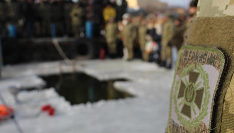 Белгород-Днестровский: Крещение по-военному - в лучших казацких традициях (ФОТО)