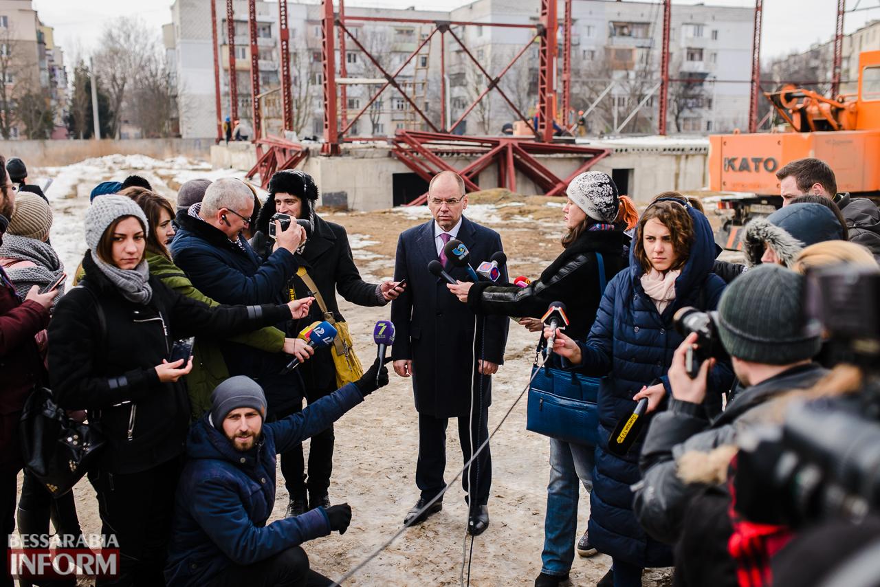 SME_3917 Новый губернатор посетил строительство Дворца спорта в Измаиле (ФОТО)