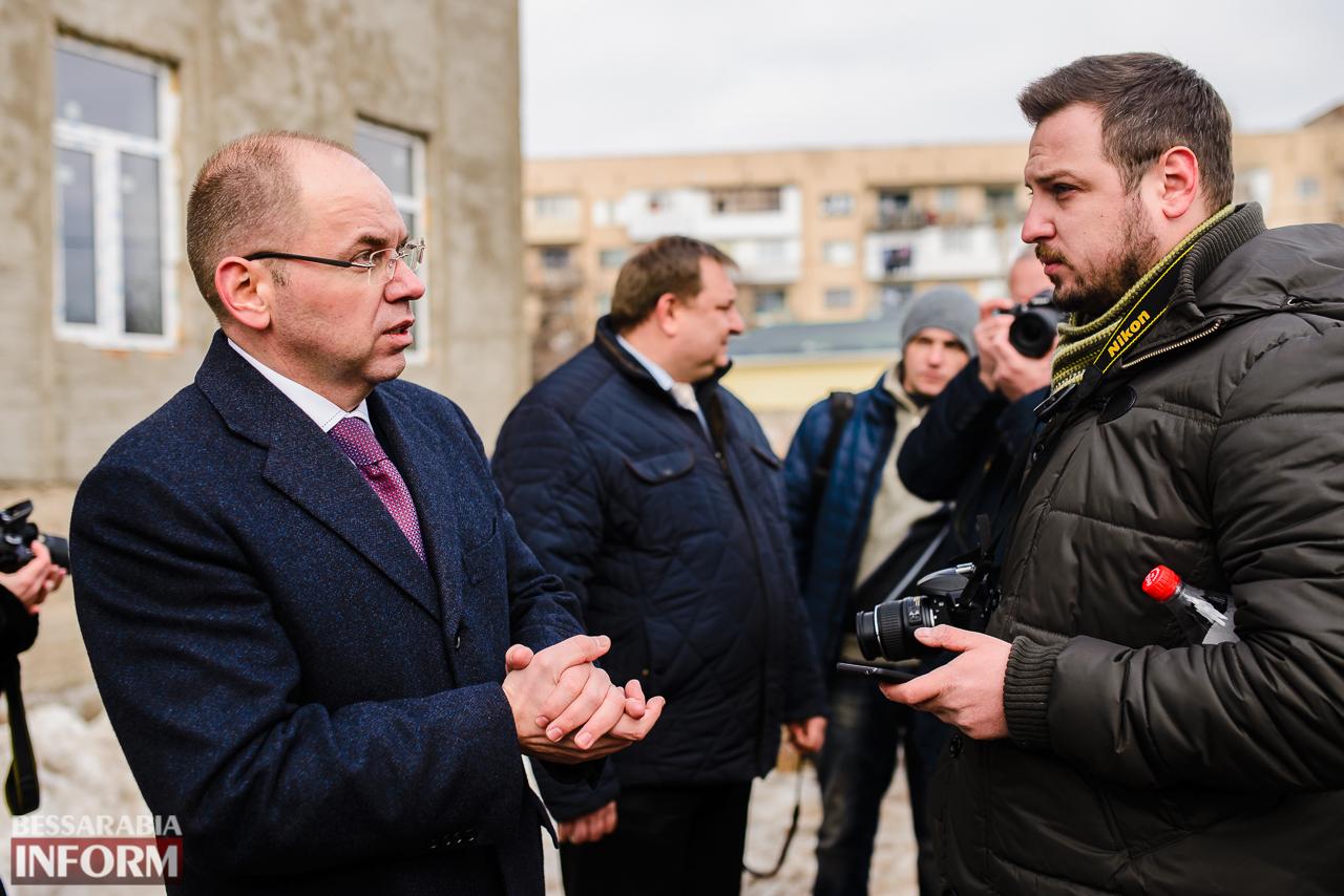 SME_3965 Новый губернатор посетил строительство Дворца спорта в Измаиле (ФОТО)