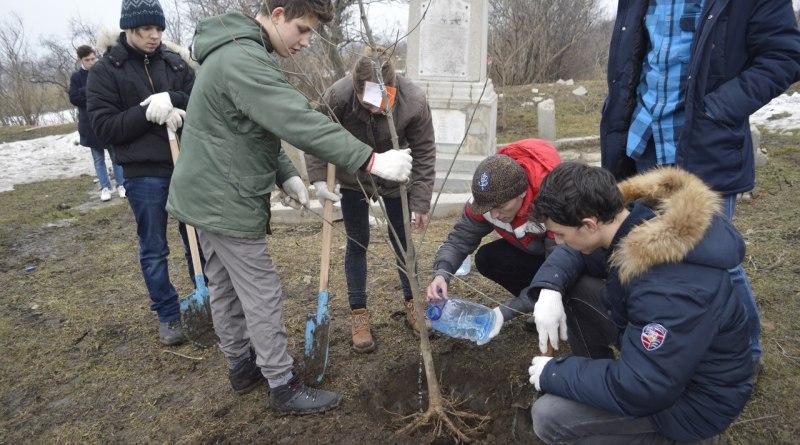 В Болградском районе отреставрируют заброшенную братскую могилу 126 евреев, расстрелянных фашистами