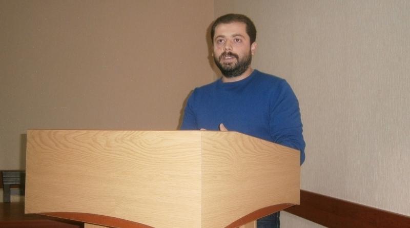 Михаил Лев
