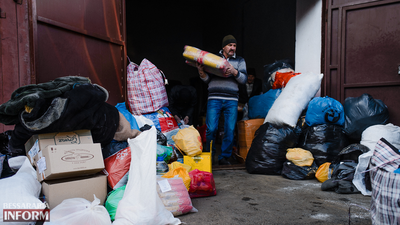 SME_4470 Сегодня из Измаила выехало две партии гуманитарного груза для жителей Авдеевки